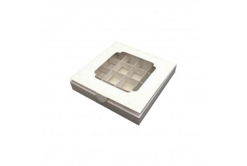 Картонная коробка с окошком на 16 конфет, белая