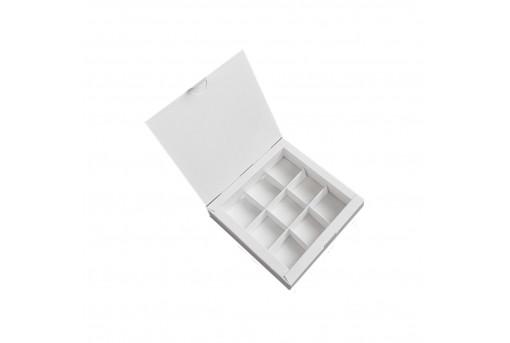 Картонная коробка на 9 конфет белая